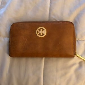 Tory Burch Natural Leather Wallet